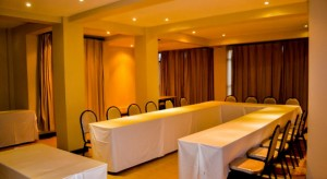 Astounding 8 Meeting Room Setup Styles And How To Choose The Best Download Free Architecture Designs Estepponolmadebymaigaardcom